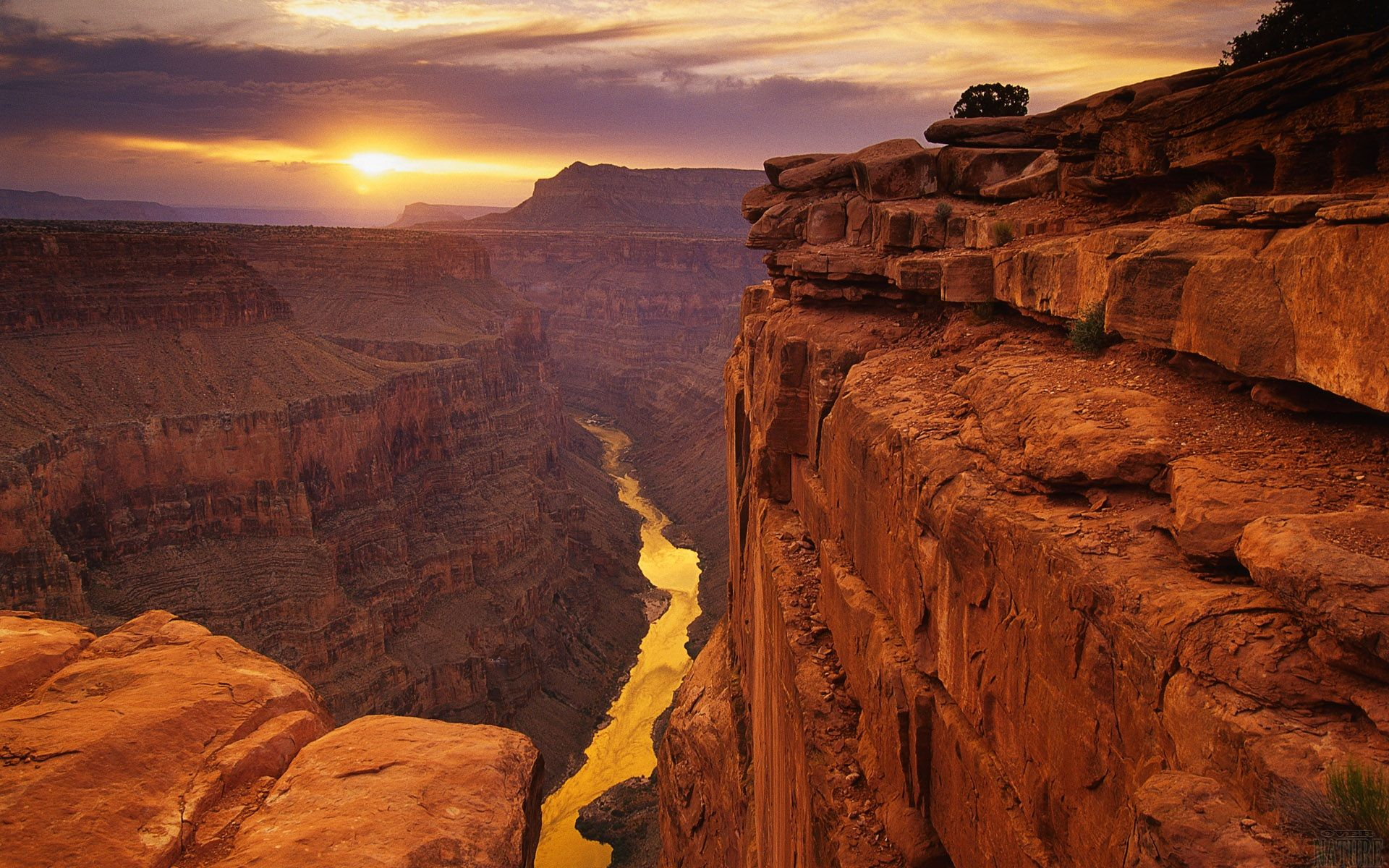 las vegas helicopter tours cheapest with The Grand Canyon on Stardust Map besides attraction Tickets Direct co moreover Canyonhummertours weebly in addition Grand Canyon Flights likewise 10 Great Last Minute Gifts For Everyone On Your List.