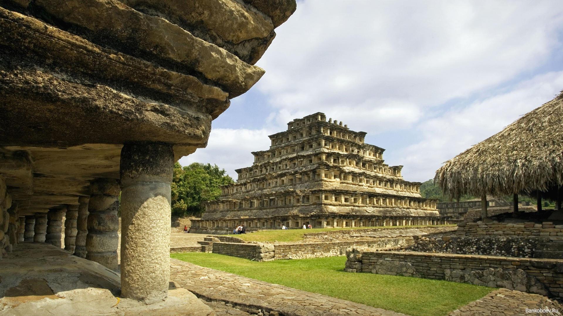 Bankoboev.Ru_el_tajin_ruins_the_nichos_pyramid_mexico