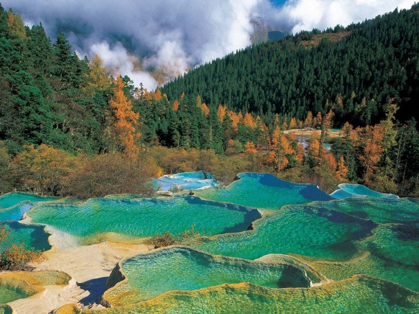 The Pearl Waterfall, Jiuzhaigou Valleytravels